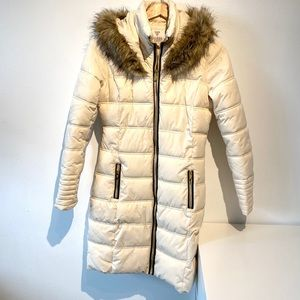 Guess | cream puffy mid lenght coat with hood
